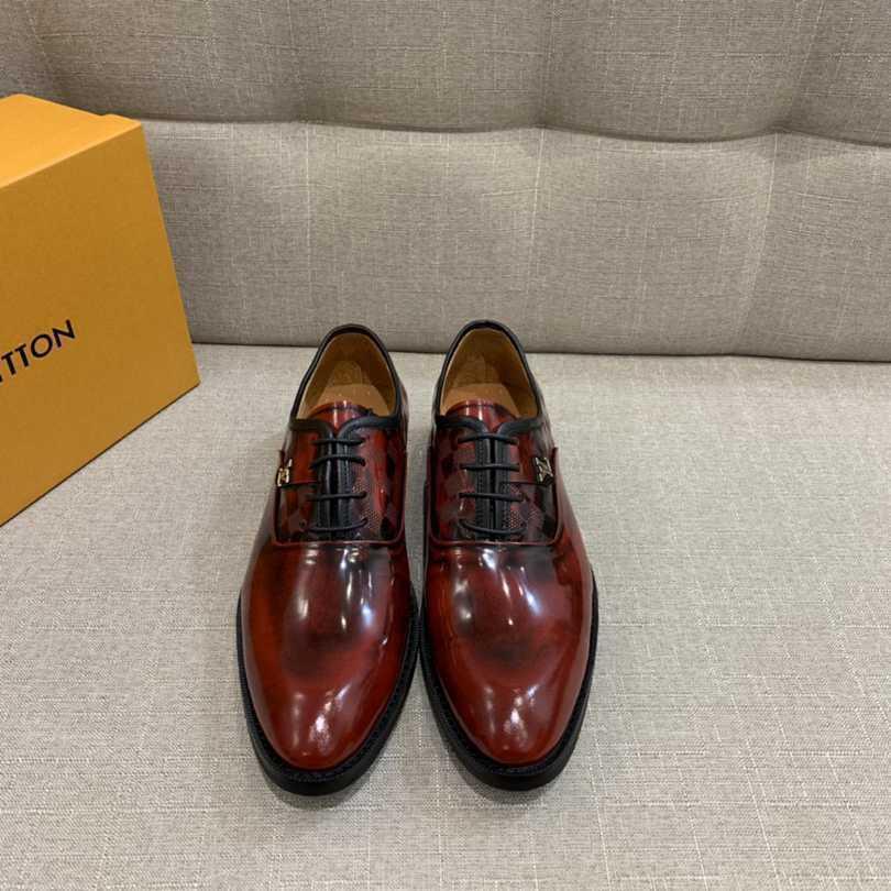 Düz taban moda italyan düğün ayakkabıları kadar yeni erkek yuvarlak kafa Rahat dantel