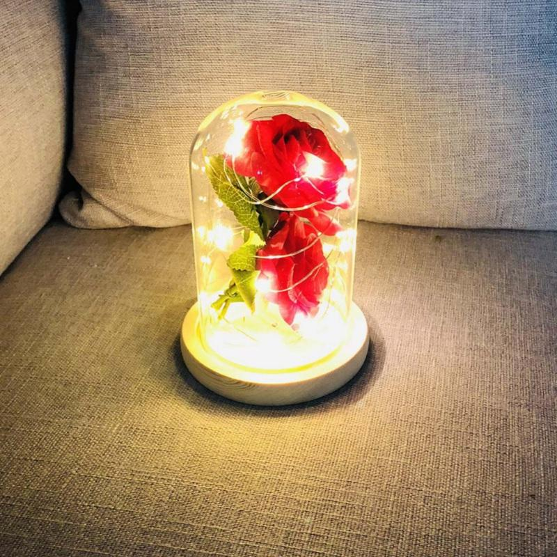 2 الورود سطح المكتب رومانسية زينة الاصطناعي زهرة الديكور LED ضوء الليل زوجين الحاضر هدية عيد زجاج قبة الحب