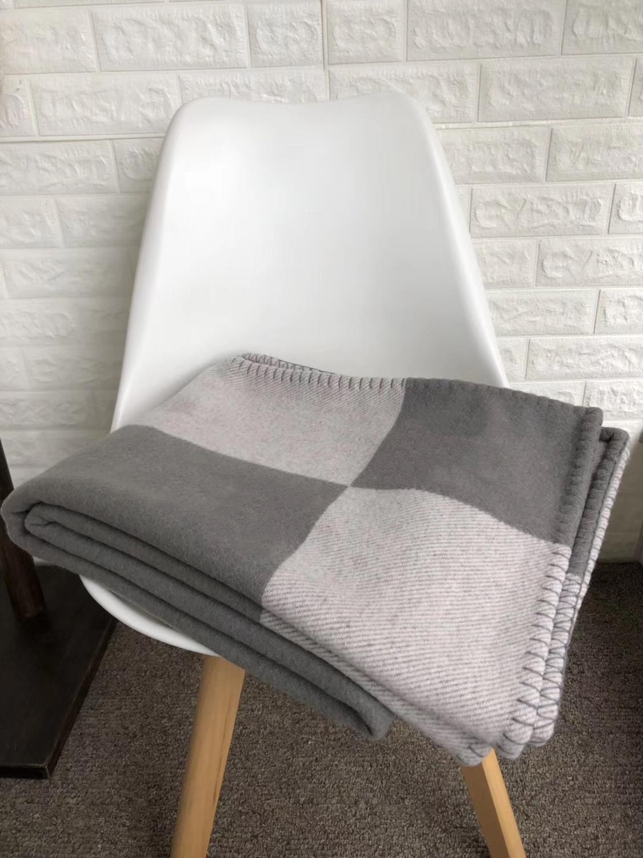 Cachemira manta de la moda Marca H ins gruesa viaje cálida carta original de tejer lana jacquard bufanda chal volar siesta manta sofá toalla tapiz