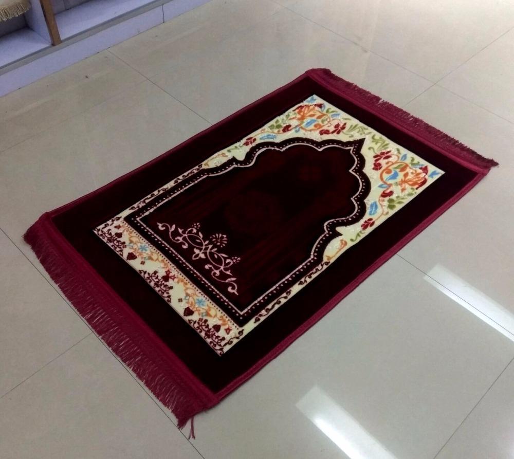 Factory&wholesale embossed quilting muslim cinema carpet,prayer blankets, factory direct sales