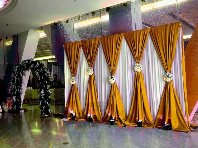 10ftX20ft الزفاف الأبيض خلفية الستار مع الذهب الزفاف الستائر / المرحلة خلفية لوازم الزفاف حزب الحدث ولائم الديكور