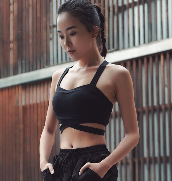 Seksi Geri Çapraz Spor Bra yastıklı İtme Yoga Brasseire Gym Sütyen Üst Spor Spor Kadın Crop Top Hızlı Kurutma Tank Up