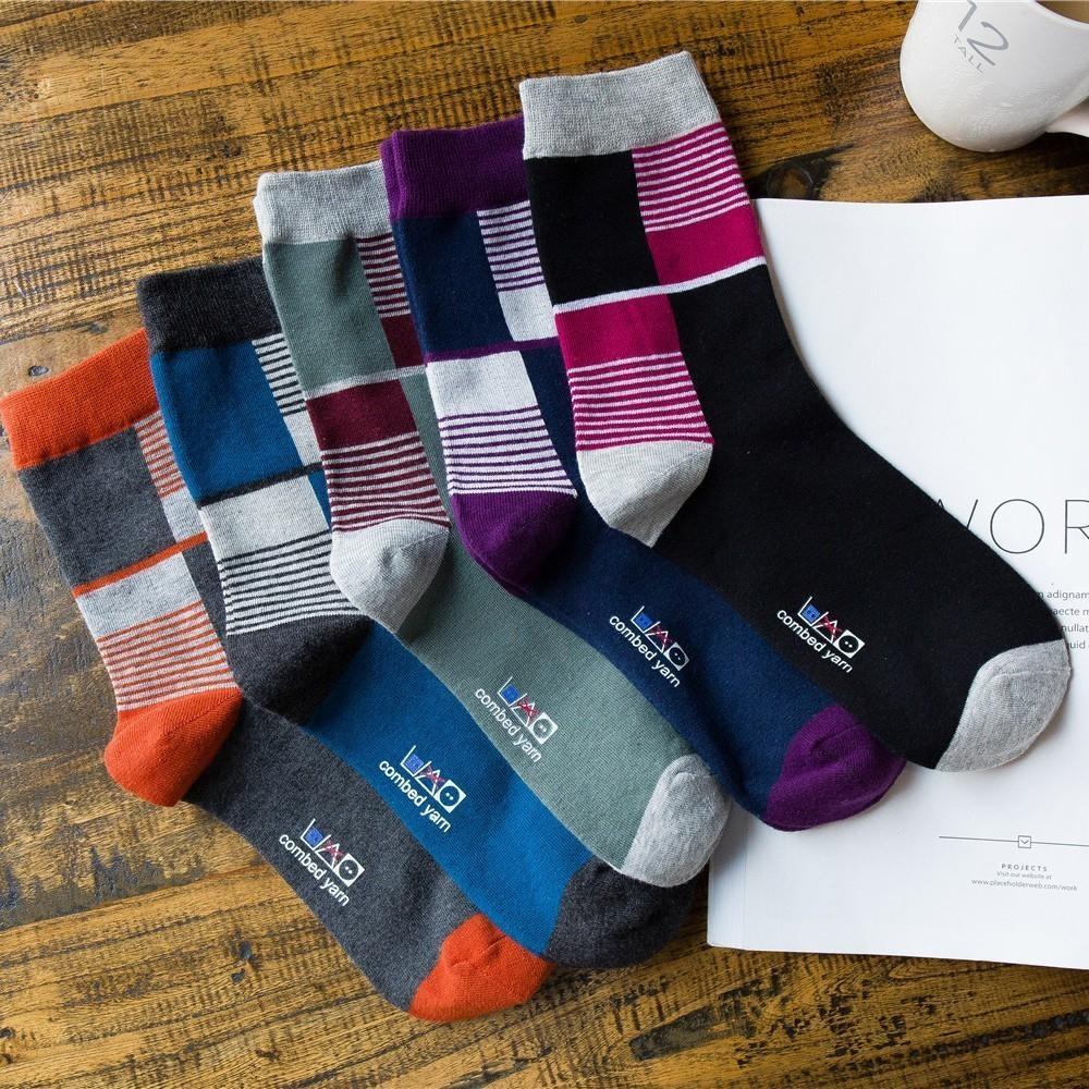 Produtos de algodão Amantes Concisos feliz novidade engraçada Meias homens coloridos 2 pcs = 1 pares