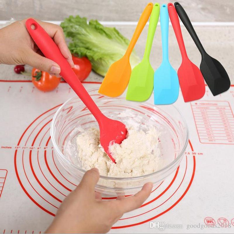 colorful Wedding Candy Color Silicone Cake Spatula Batter Scraper For Snowflake Cake Tools at home ST181