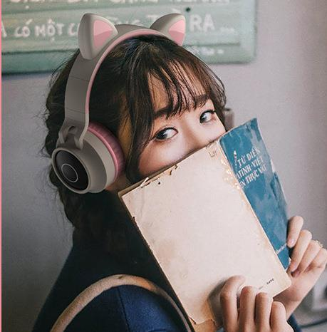 Headset Bluetooth Headphones Cat Ears Luminous Cute Girls Cool Card Wireless Sports Stereo Headphones Best Cheap Headphones Bluetooth Handsfree From P1481466676 35 18 Dhgate Com