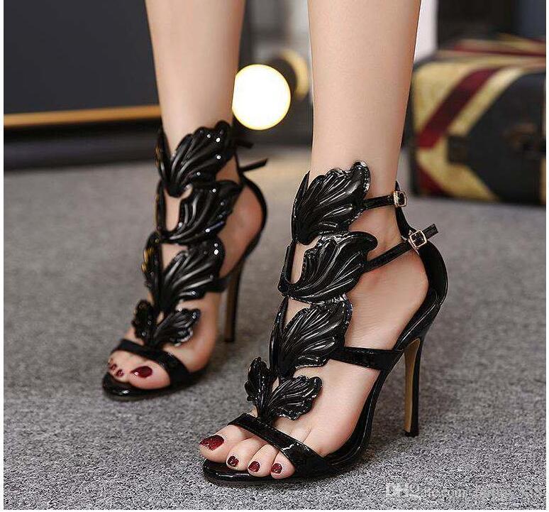 estación europea 2020 zapatos de las nuevas mujeres de comercio exterior estilo romano alas de metal de estilete sandalias de tacón alto para las mujeres