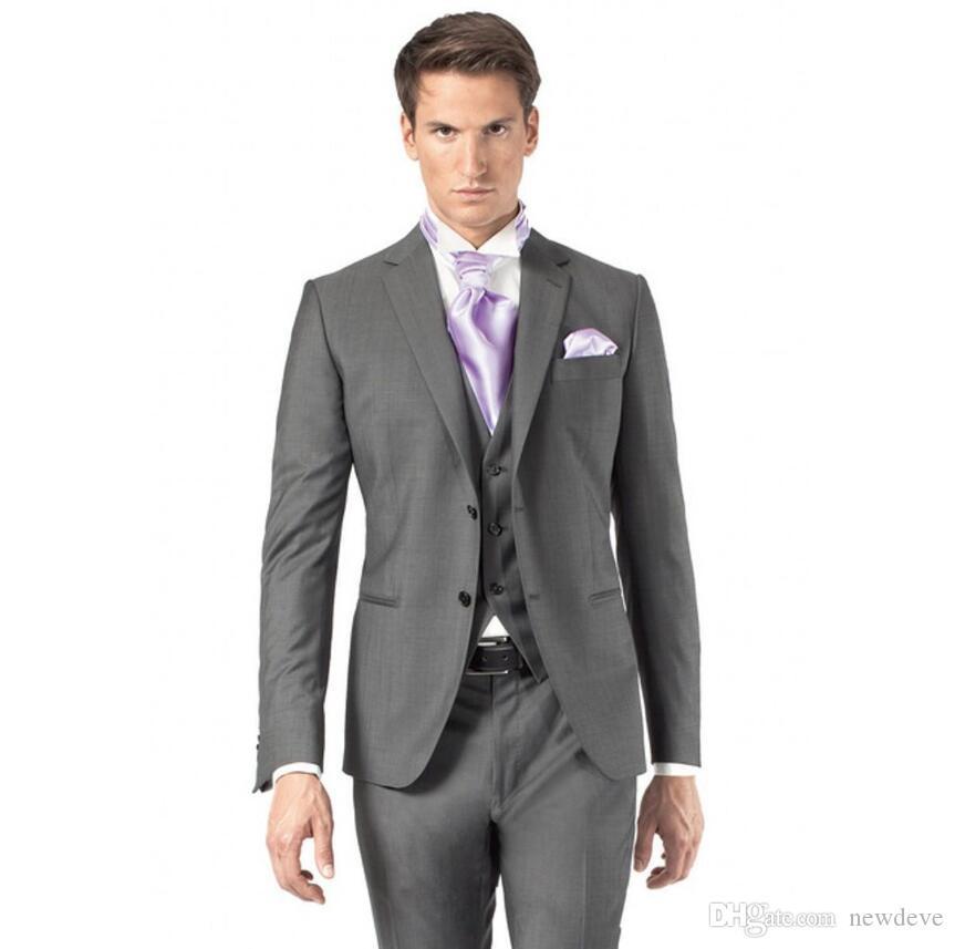 Klasik Tasarım Gri Slim Fit Damat Smokin Notch Yaka İki Düğme Groomsmen Giymek erkek Düğün Takımları Mükemmel Adam Takımları (Ceket + Pantolon + Yelek)