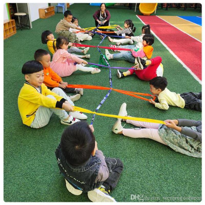 التدريب البدني المخابرات التدريس العاطفي يساعد رياض الأطفال اللعب في الهواء الطلق النشاط الملونة حبل حريش سحب 6M / 8M / 10M
