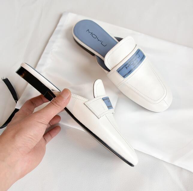 Ciabatte basse di lusso da donna di marca Pantofole fatte a mano in vera pelle Lazy SquareToes Designer Donne all'aperto Mocassini Immagini reali