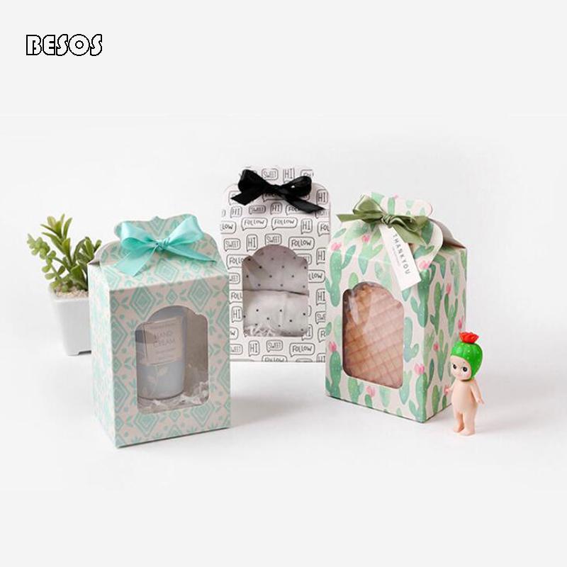 Taze Basit Beyaz Arka Plan Harf Cactus Rhomboid Festivali Kutlama Parti Doll Çorap Toptan Hollow Kağıt Hediye Kutusu B238D