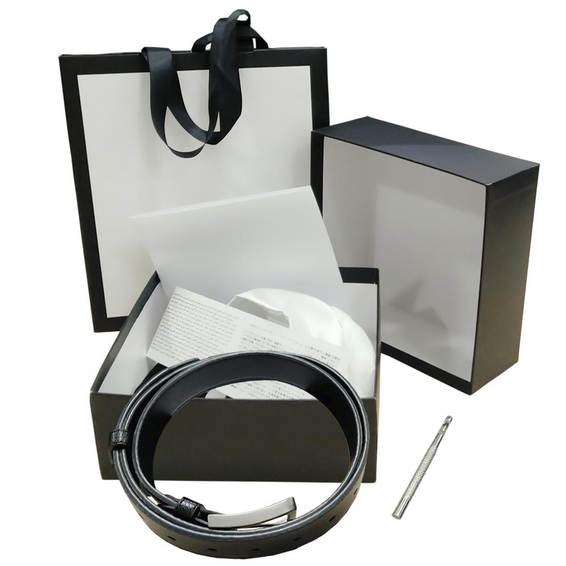 Cinture Mens Womens Black Belt Genuine Leather liscio oro Fibbia con la scatola bianca di polvere bianca del sacchetto della carta di regalo bianco Bag Black 69 3659