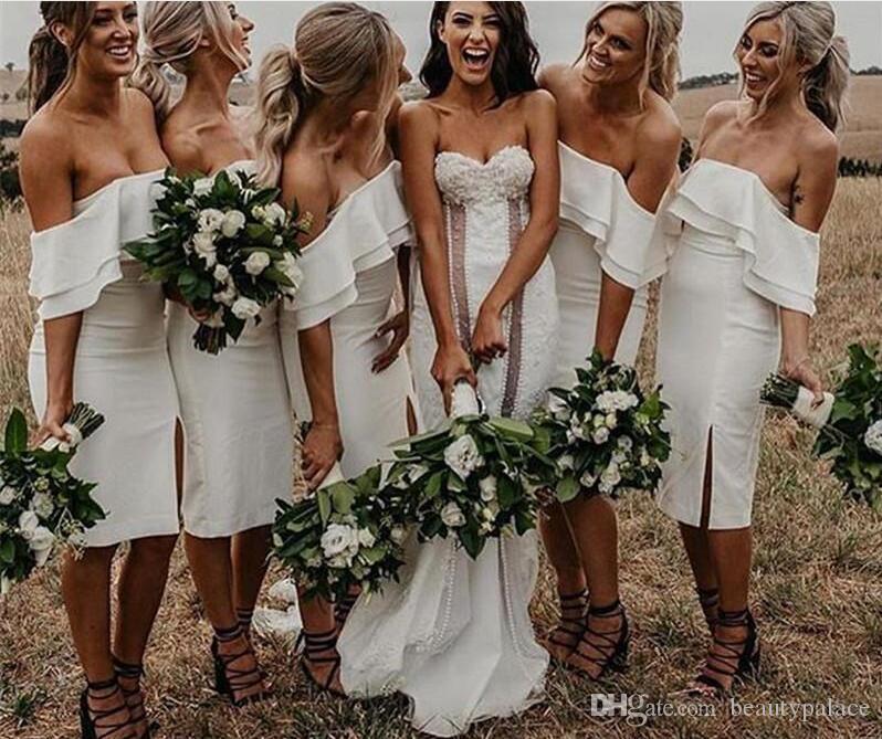 2019 Vestidos de dama de honor blancos puros simples con longitud de rodilla Dama de honor Vestido De Novia