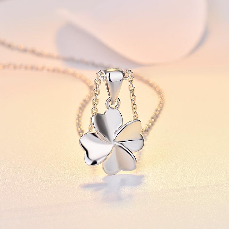 S925 серебро кулон женщина новый японский и корейский классический высокого класса четыре листа клевера ожерелье простой ключицы цепи оптовой