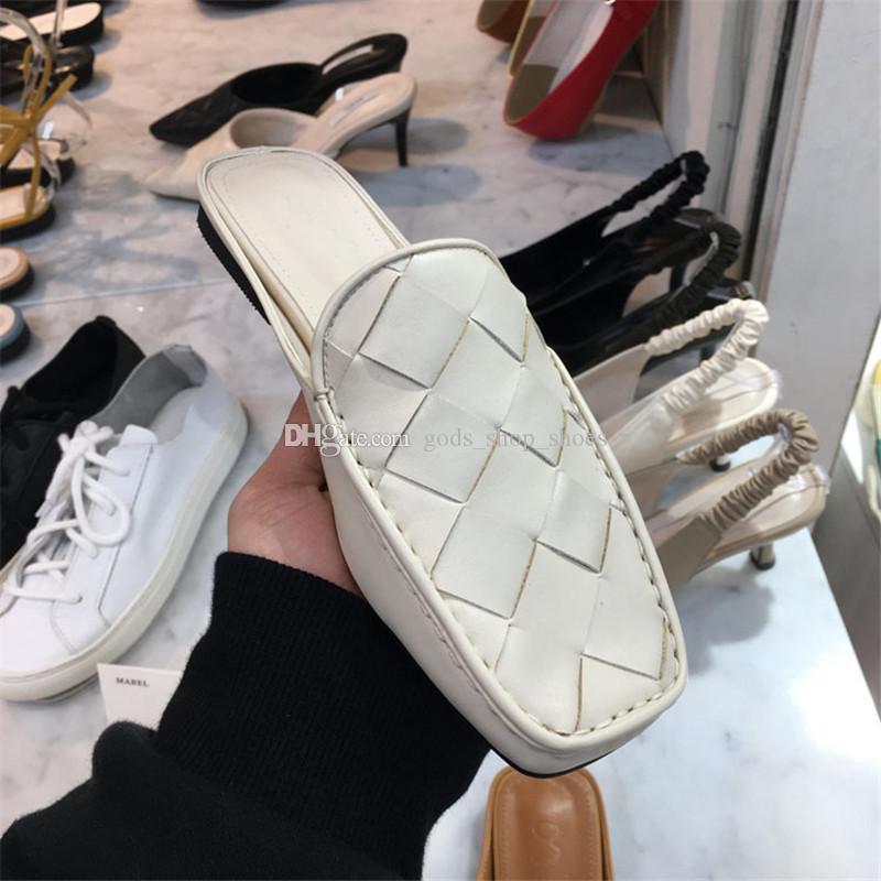 Bottega Veneta slippers 2020 패션 디자이너 직물 가죽 여성 슬리퍼 활주로 광장 닫기 발가락 플랫 로퍼 신발 여성 여름 새로운 뮬 신발