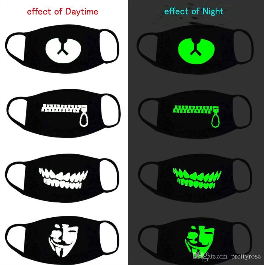 Masques noir lumineux visage Cartoon Mode Anti-poussière personnalité dents Glow Coton bouche masque noir dans la nuit d'Halloween cosplay