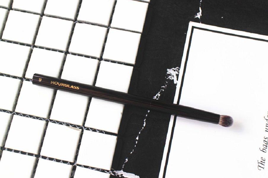 Hourglass # 9 cúpula Sombra Maquiagem Pincel Eye Realce Cosméticos único pincéis sintéticos sombra em pó Escova melhor qualidade frete grátis