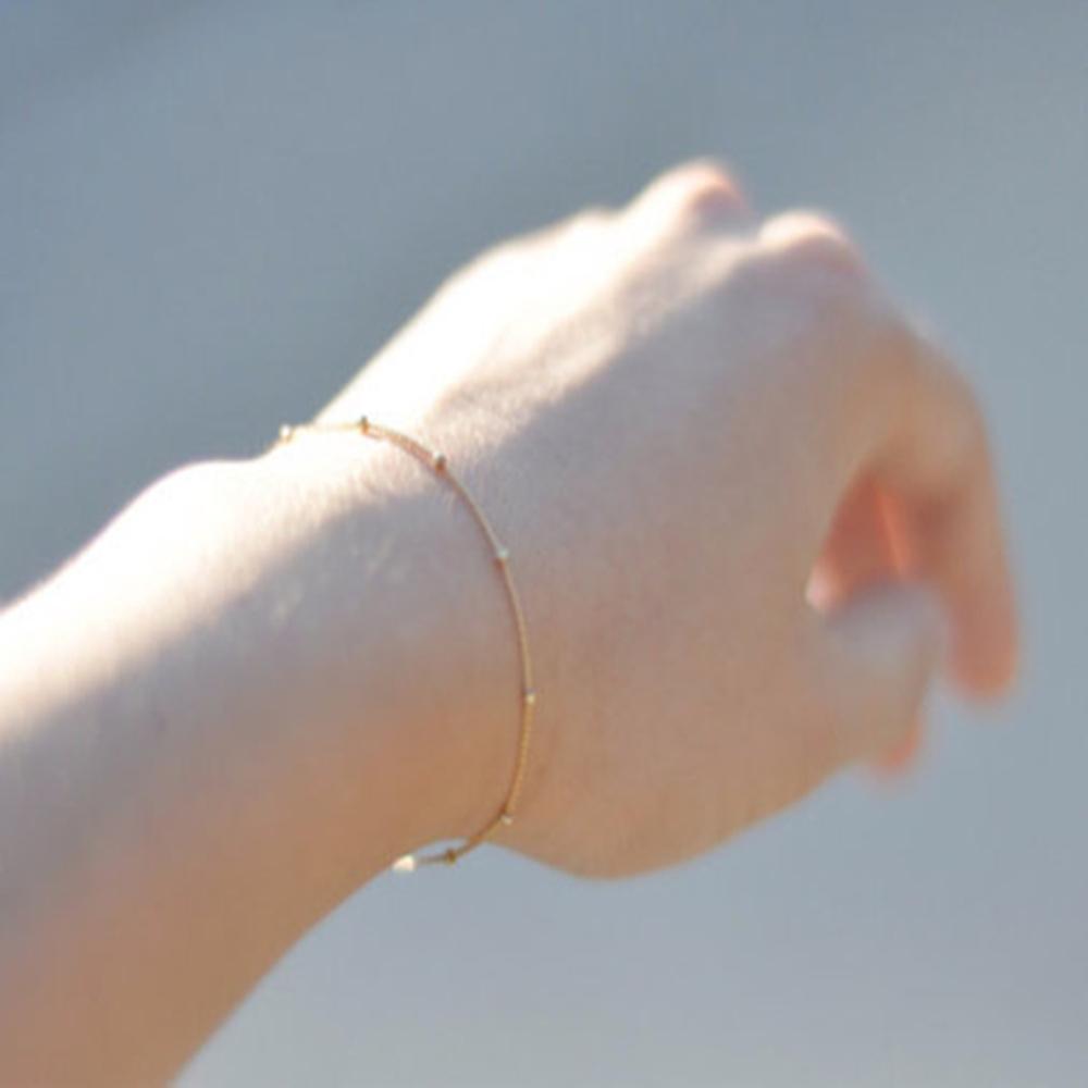 Европа и ювелирные изделия способа Минималистского цвет золота цепь браслет для женщин медных бус
