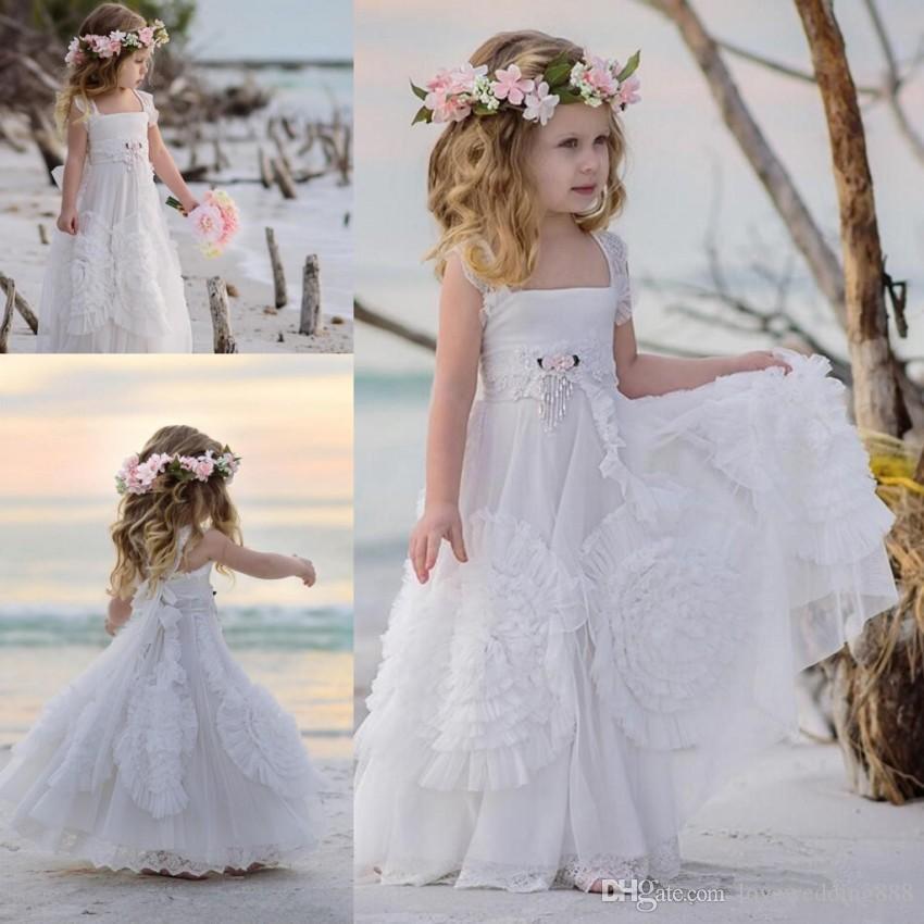 2019 Plaj Düğün Çiçek Kız 'Elbiseler ile Kanat Yumuşak Dantel Kapalı Omuz Prenses Parti Abiye A Hattı Communion Elbise