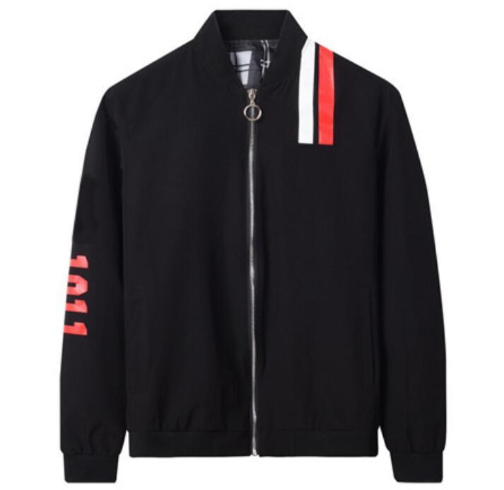 Fashion- Schwarze Jacke Herren Baseball Jacke Zipper Stehkragen Letters Print Jacke Rot Weiß-Streifen-Windjacke Top-Qualität Mantel vbcv