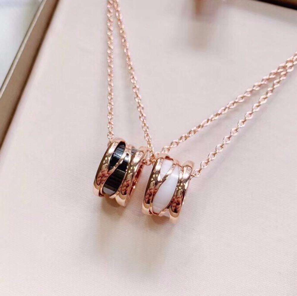عالية الجودة دائرة قلادة القلائد هدية روز الذهب والفضة الأزياء قلادة للجنسين مجوهرات رجالي قلادة