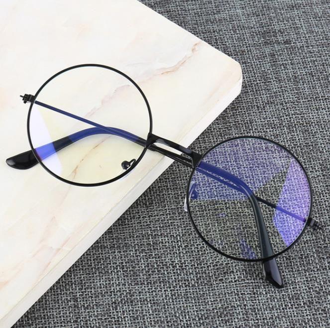 Vintage rotonda metallo cornice azzurra Blocco di personalità di stile dell'istituto universitario obiettivo chiaro degli occhi occhiali di protezione degli occhi del telefono mobile Gioco