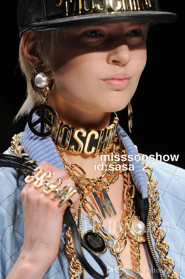 موس إلكتروني ماركة أزياء المرأة قلادة من الذهب الأوروبية والأمريكية نموذج المنصة الكبيرة تظهر خطابات مشرق الجلود قلادة مبالغ فيها