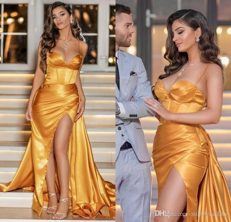 Seksi Altın Gelinlik Modelleri Spagetti Saten Plus Size Formal Elbise Parti Akşam WearHigh Bölünmüş Abiye Giyim Abendkleider cübbesi de mariée