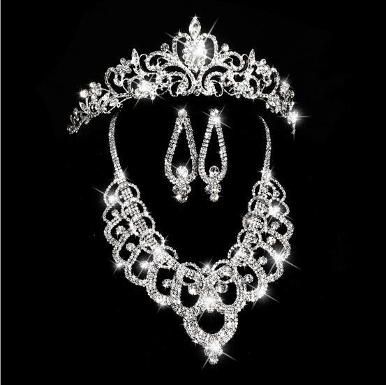2019 ventes chaudes couronnes de mariée Accessoires cheveux Diadèmes Collier Boucles d'oreilles Accessoires Ensembles de bijoux de mariage de mariée de style de la mode