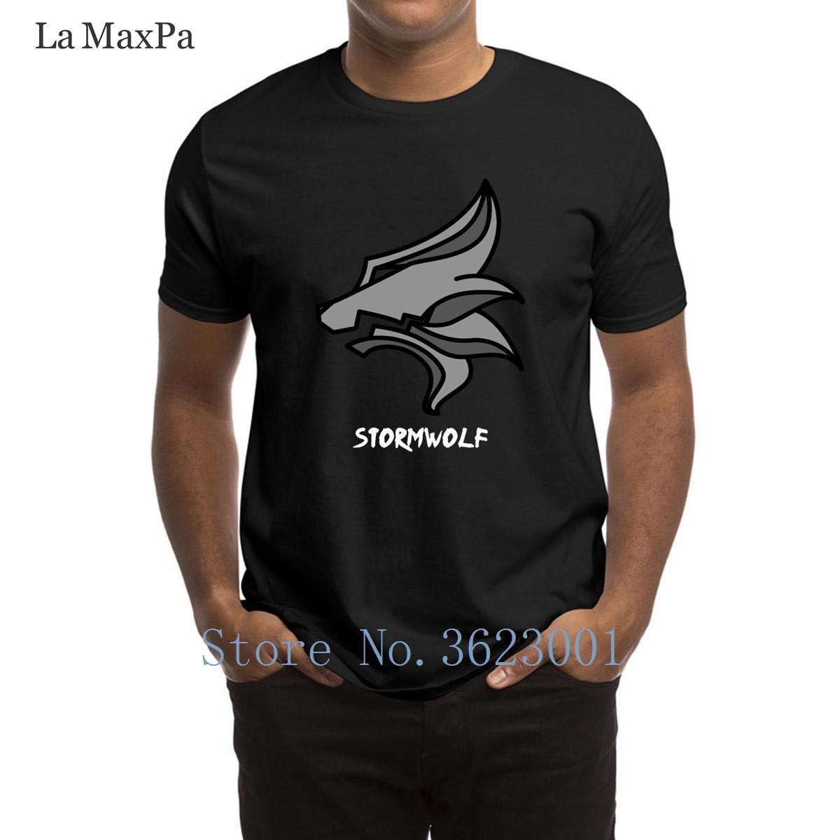 Designer fresco Mens T Shirt Stormwolf emblema dos homens T-shirt dos homens Verão Família Camiseta Últimas tamanhos grandes camiseta de alta qualidade