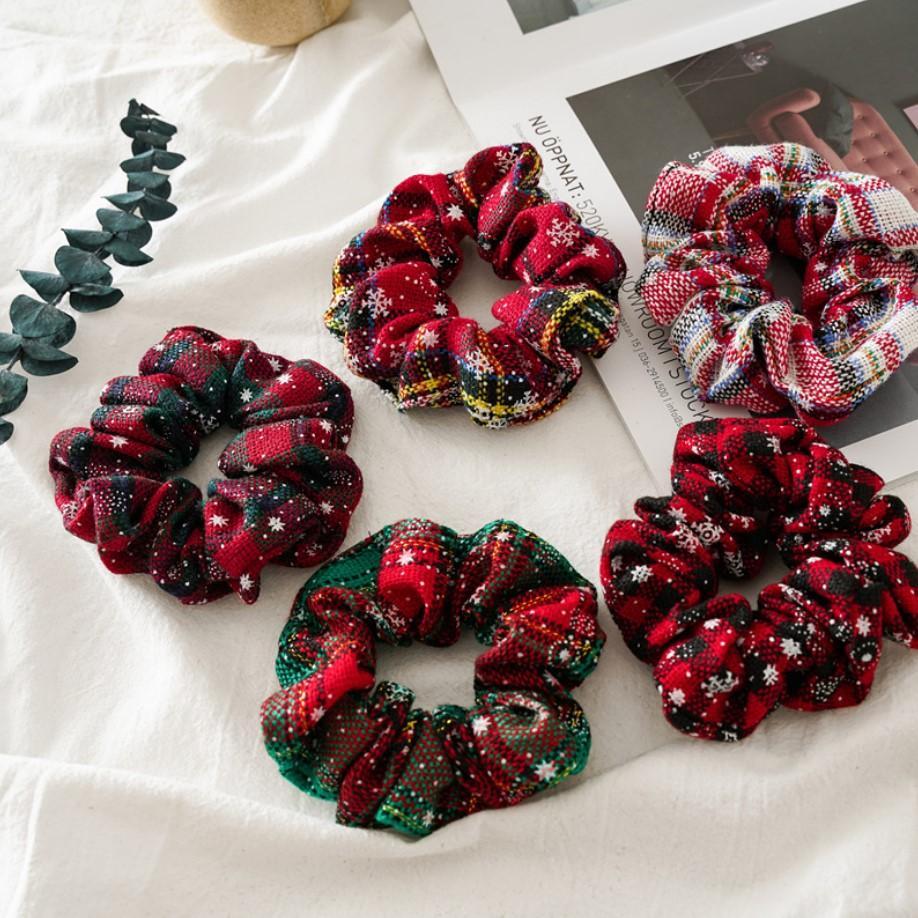 INS 5 Couleur Femmes Filles XMAS Vert Rouge Noël anneau élastique neige Ties Accessoires cheveux Porte-Bandeaux caoutchouc Ponytail bande Chouchous