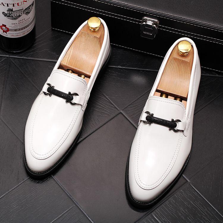 NEW British Vintage Men luxury Designer gentleman pointed black white slip-on oxfords Dress shoes Male Wedding prom Formal Shoes