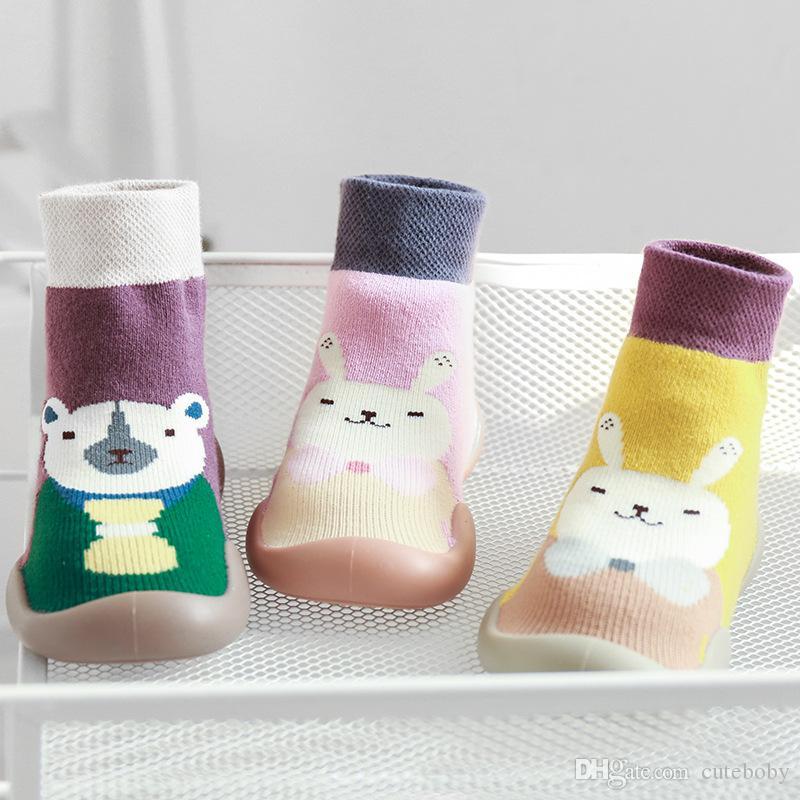 어린이 Prewalker 아기 양털 운동화 유아 만화 바닥 양말 소프트 유일한 농축 가을과 겨울 아동 양말 5 색 DHL