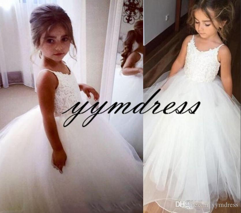 Vintage Flower Girl Dresses 2019 Lace Applique Spaghetti Straps Sleeveless Puffy Pageant Gown Frist Communion Dresses for Girls