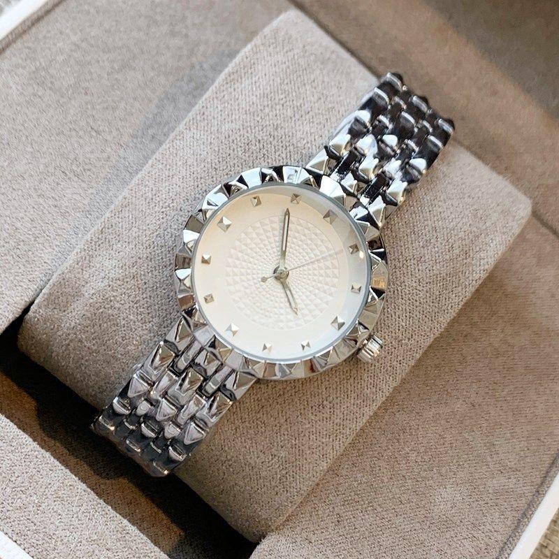 En çok satan Lüks Yeni tasarımcı altın bayan kol saatleri moda elbise bayan izle Hanımefendi Saatler toptan dropshipping Yüksek kaliteli Modern saat