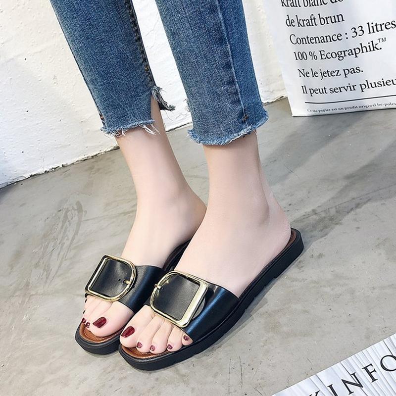 Donne Appartamenti Pantofole modo delle signore casuali sandali classici delle donne diapositive Estate Fuori piatto con le scarpe da dimensioni più piccole