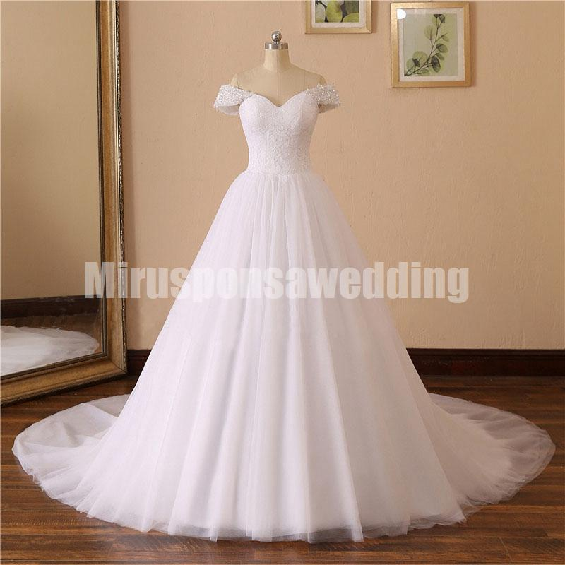 Decente Off-ombro A-Line Tulle Wedding Dress For Cheap Lace Applique vestidos de casamento do país com mangas lantejoulas Plus Size vestidos de noiva