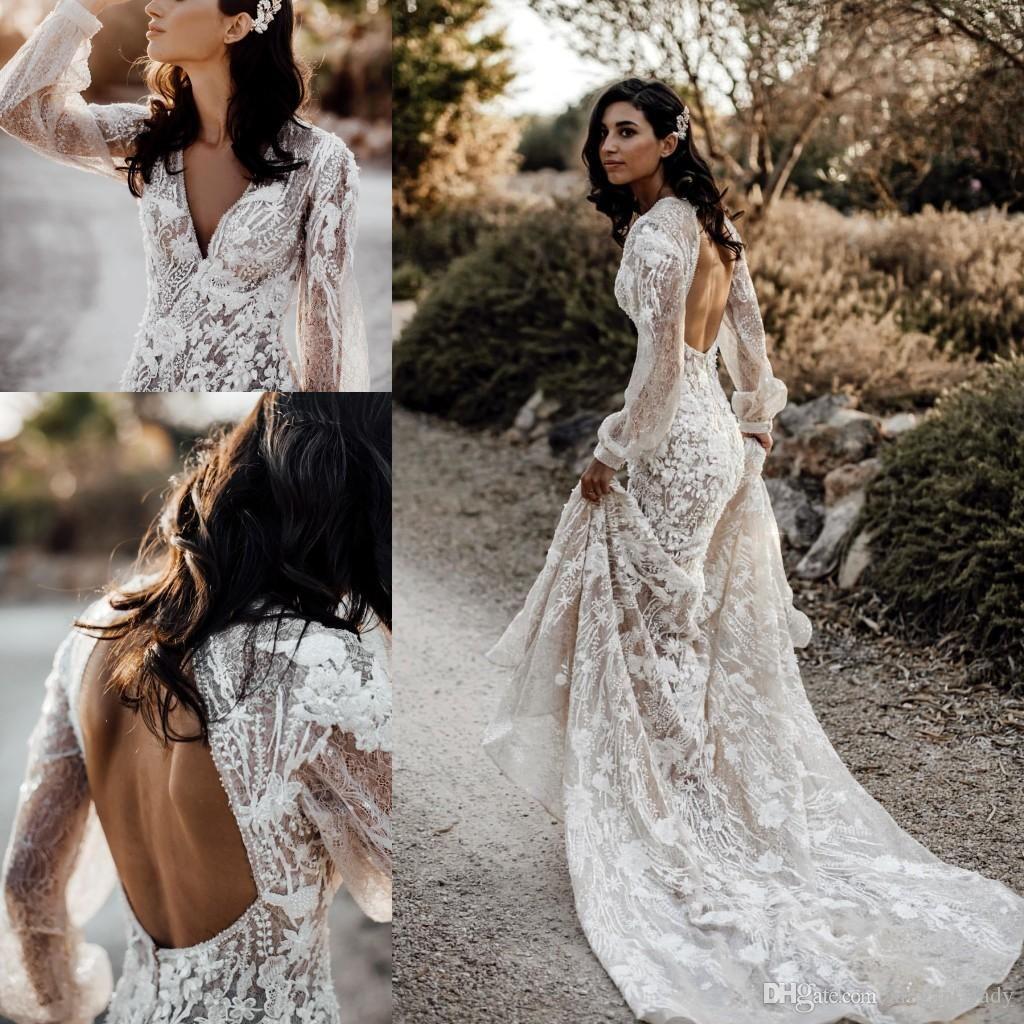 Abiti da sposa bohemien con manica lunga con scollo a V 2020 3D del merletto Applique floreale pizzo all'uncinetto in rilievo Flowy Gonna Country Wedding Gowns