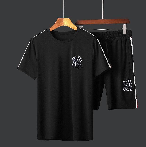 Livraison gratuite Méduse Définit la mode Survêtement mis hommes occasionnels costume noir Blanc Marque Hommes T-Shirts Costumes Designer courtes