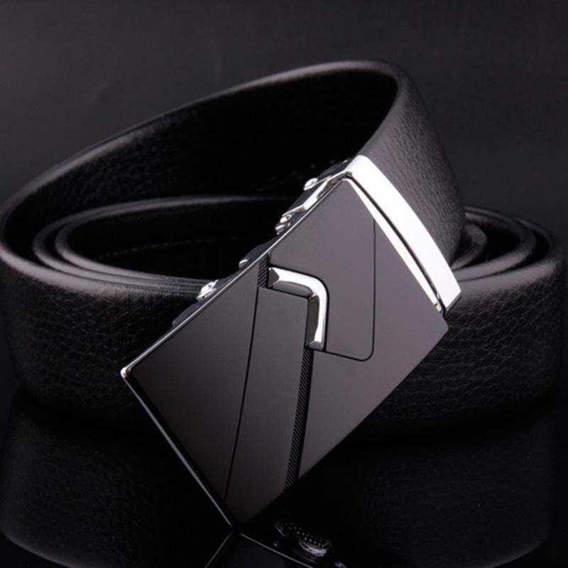 Cintos lucidez Homem Moda Classic PU Couro Masculino Designer Black Belts Automatic Buckle Popular Men Marca