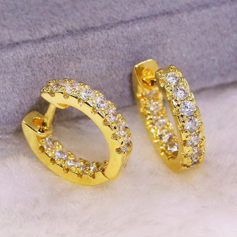 القرط مجوهرات الكفة فاخرة 925 Silver18K الذهب التعبئة مهد الأبيض الياقوت CZ الماس الأحجار الكريمة المرأة الزفاف الأزياء القرط هدية