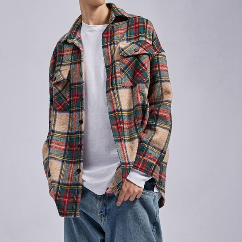 Caqui invierno a cuadros de franela gruesa camisa de manga larga bolsillos parcheado recortada Workshirt