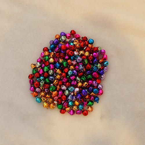 100pcs couleurs mélangées de Noël de fer clochettes de Noël Jingle Bells Résultats de bijoux
