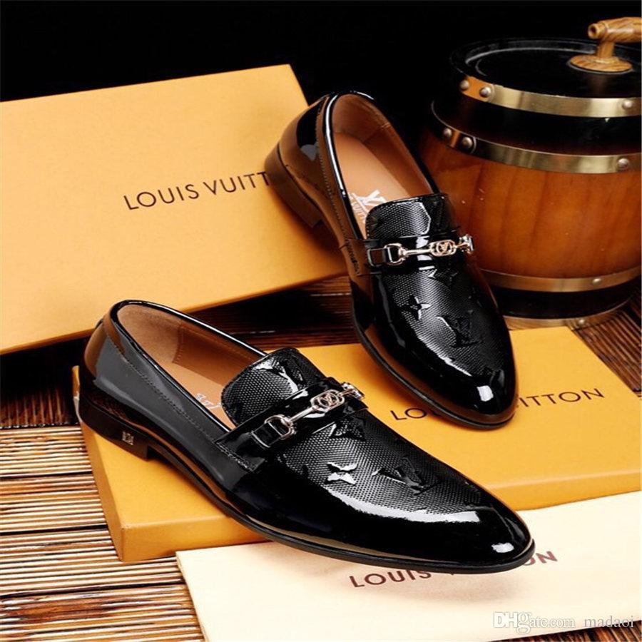 20ss scarpe di cuoio degli uomini pattini del vestito da sposa di brevetto per gli uomini di lusso marchi italiani Coiffeur zapatos scarpe uomini convenzionali hombre Scarpa