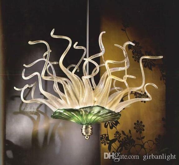 100% de lámpara hecha a mano Borosilicato Borosilicato Lámpara de araña de vidrio con placa colgada LED Placas decorativas Chandeleirs para villa decoración