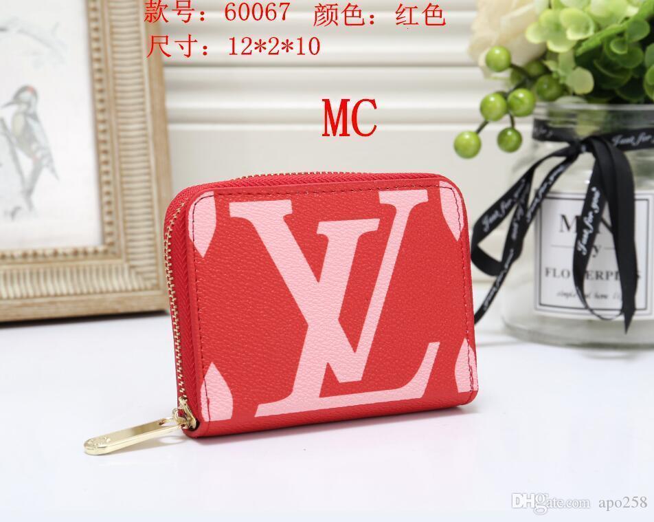 2020 Hot solds Kadın çantaları tasarımcıları çanta cüzdan omuz çantaları, mini zincir çanta tasarımcıları crossbody çanta haberci çantası debriyaj çanta B86