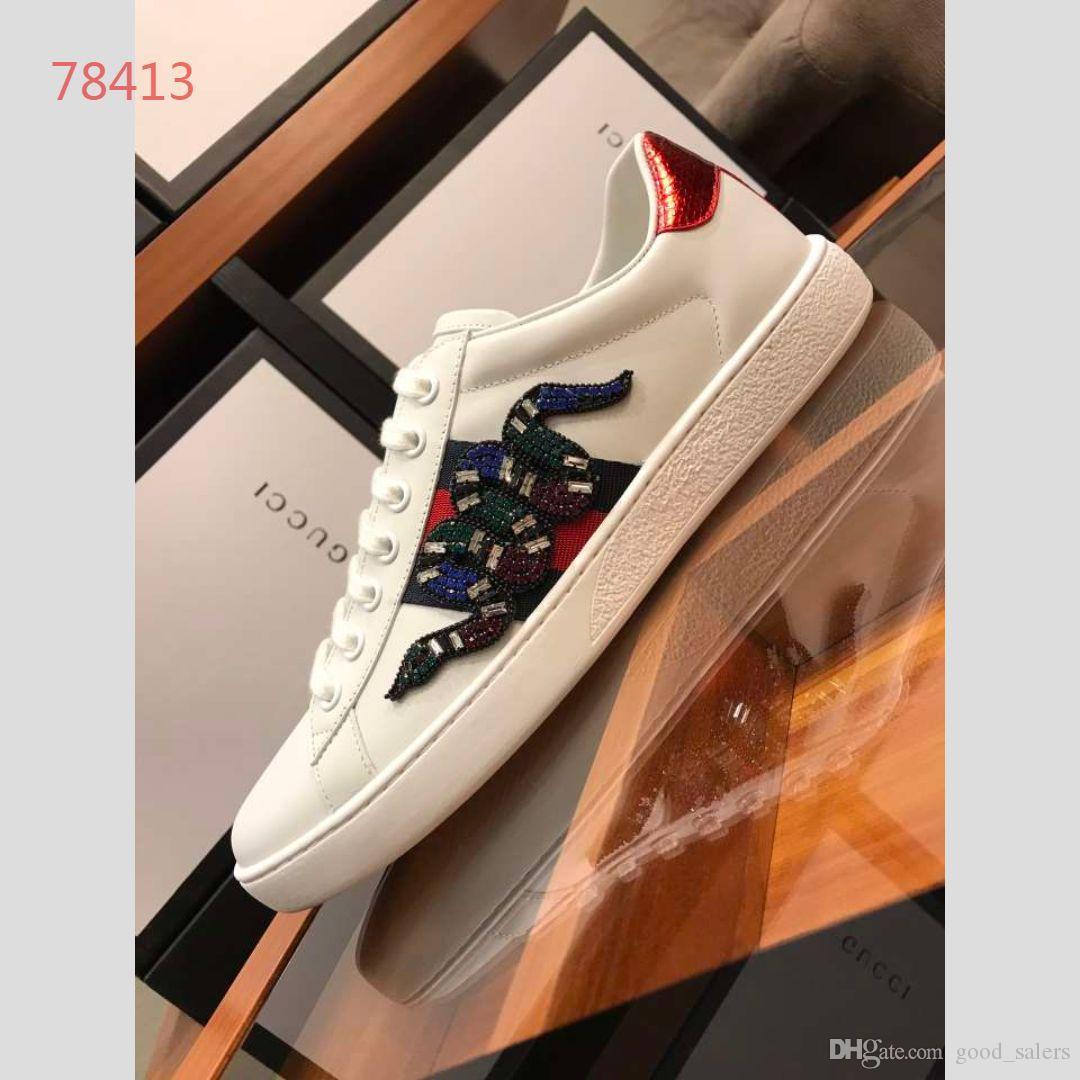 Lüks Yılan Tasarımcı Erkek Kadın Sneaker Rahat Ayakkabılar Düşük Üst Deri Sneakers Ace Arı Çizgili Ayakkabı Yürüyüş Spor Damla Nakliye A005