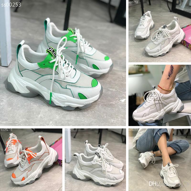 Haute Qualité Designer De Mode Coureur Chaussures Femmes Formateur Low Cut Casual Run Chaussures Femmes Plus Blanches Triple Sport Sneakers Taille 35-40