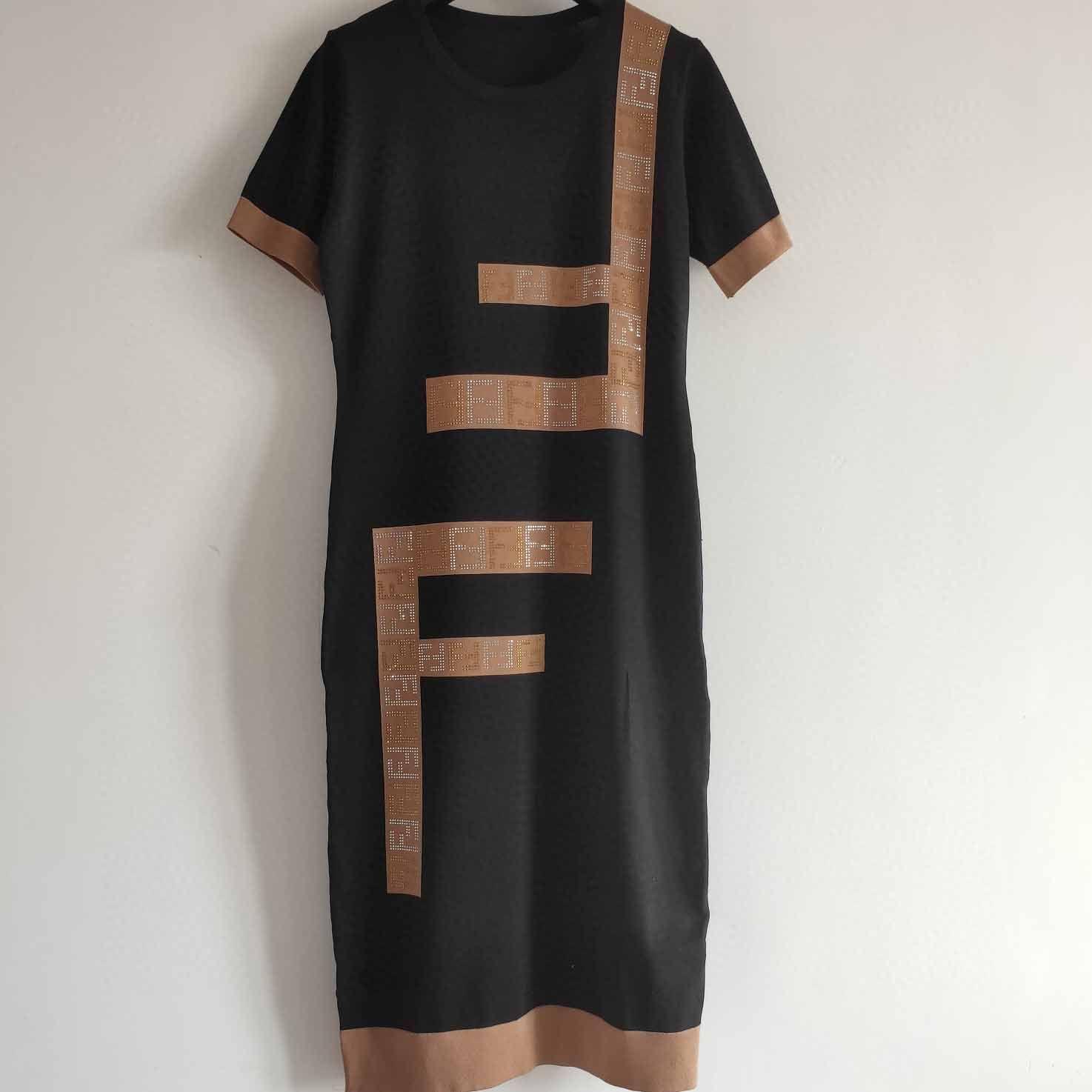 إمرأة مصمم اللباس بيغيني العلامة التجارية الرسالة طباعة تنورة المرأة عادية فساتين الصيف الأزياء الفاخرة نمط 2020 نمط جديد حار بيع