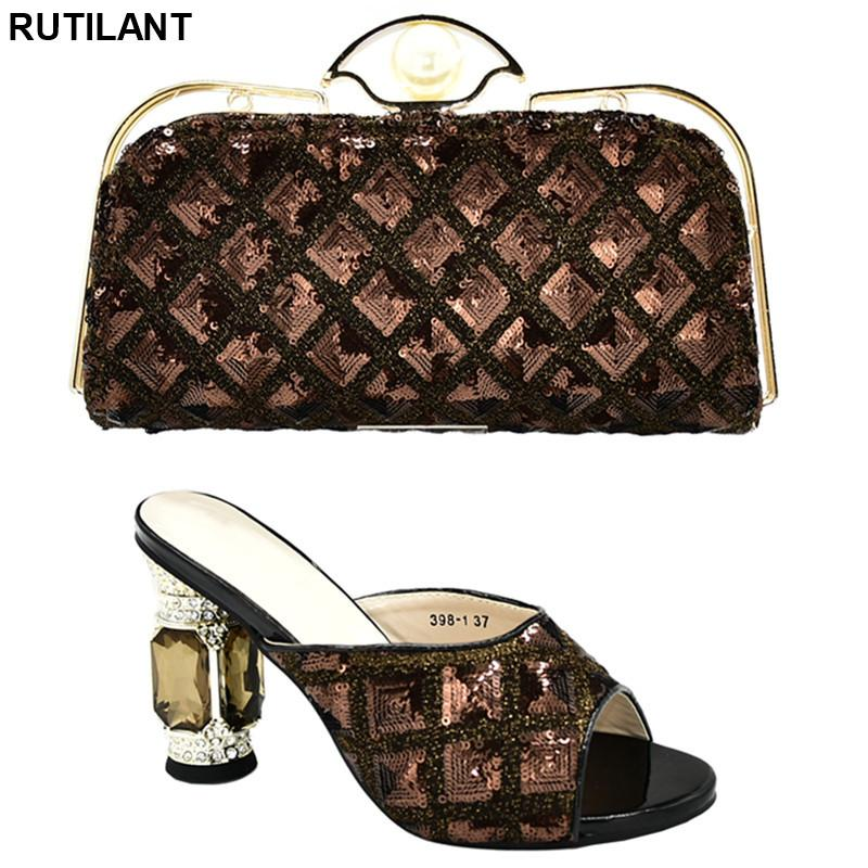 Neuestes Design Italienische Frauen-Pumpen-Frauen-Schuh und Bag Sets In Italien Italienische Schuhen mit passenden Taschen für Hochzeit Qualität PU