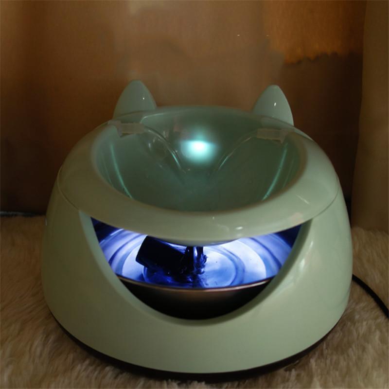Automatico animali Fontana di acqua per gatti USB elettrica luminosa Dispenser acqua potabile ciotole per gatti Dog